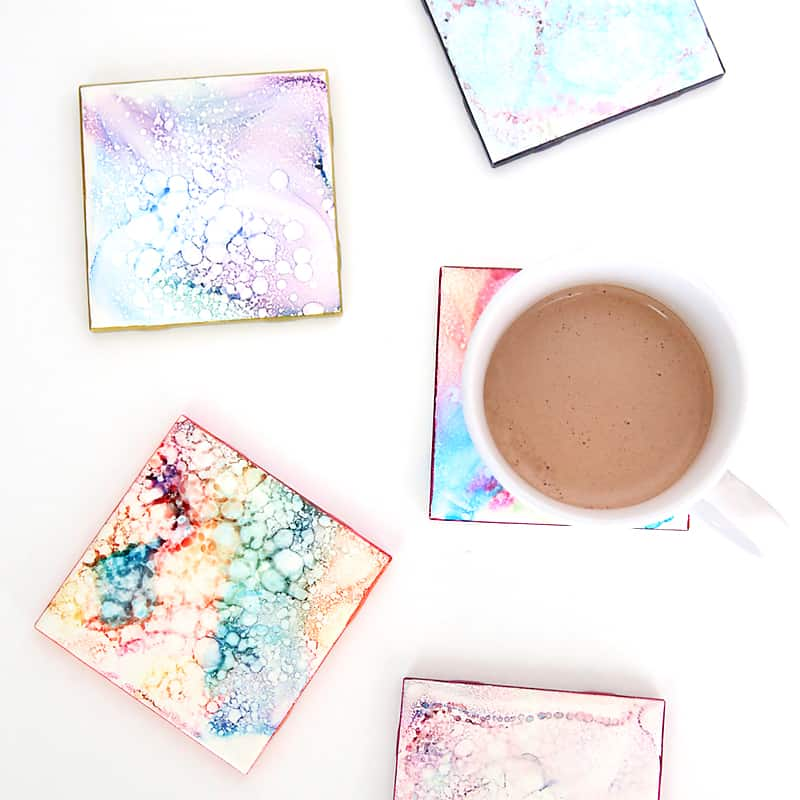 faux-granite-coasters-easy-tile-art-alcohol-markers-sharpies-diy-christmas-gift-creative