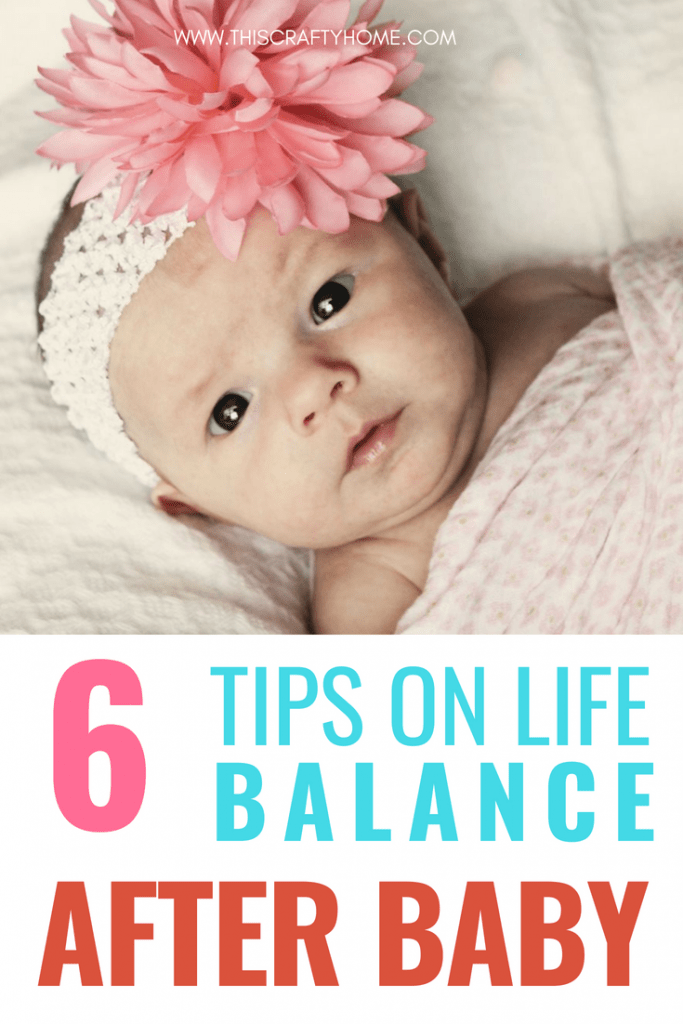 Self care ideas for new moms! Dealing with mom guilt and a newborn baby is hard, taking time for self care is so important. These self care tips can help you set up a routine so you can refuel yourself and continue being the best mom ever.