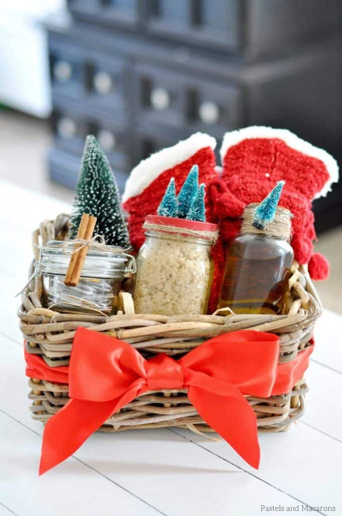 DIY-Spa-Gift-Basket-diy-creative-christmas-gift