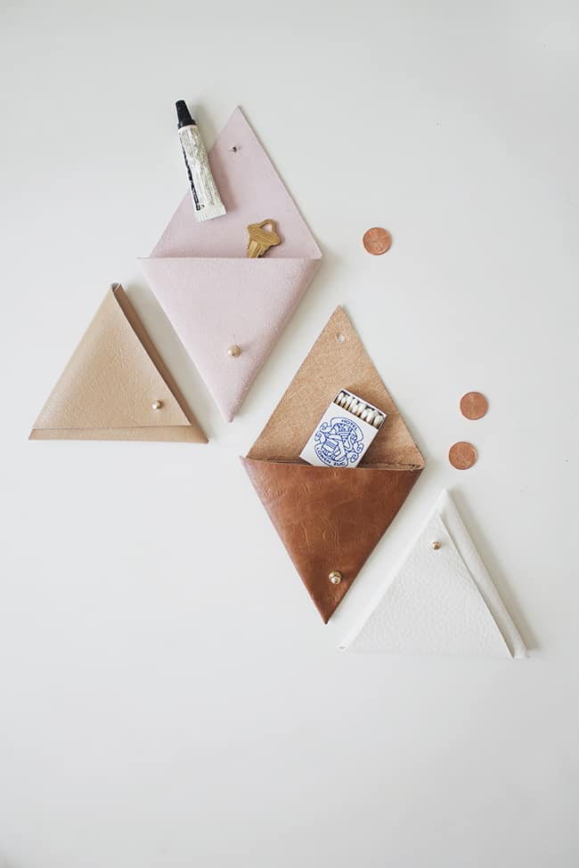 DIY-triangle-leather-pouches-almost-makes-perfect-creative-christmas-gift