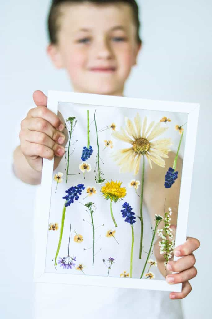 Pressed Flowers | Mother's day craft idea