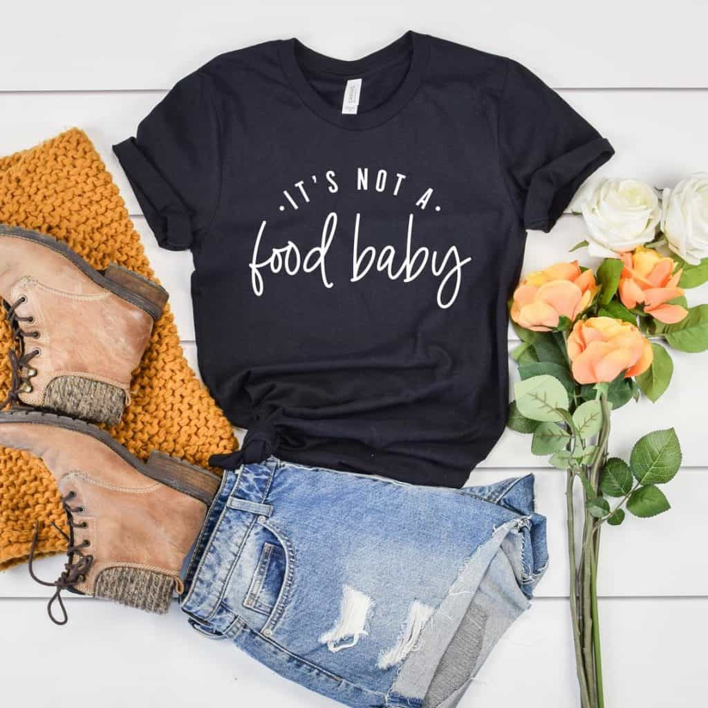 Announce your pregnancy with a tee in your first trimester